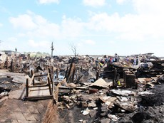 Có đến 70 căn nhà ở Nha Trang bị thiêu rụi
