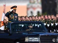 Clip: Nga diễu binh rầm rộ Chiến thắng Phát xít