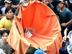 'Đội quân' giựt cô hồn chuyên nghiệp gây náo loạn Sài Gòn
