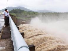 Phú Yên: Thủy điện đồng loạt xả lũ