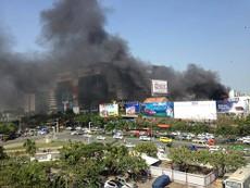 Cháy ở gần sân bay Tân Sơn Nhất
