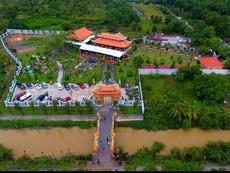 Toàn cảnh nhà thờ Tổ của Hoài Linh qua ống kính flycam