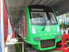Người dân nói gì về mẫu tàu điện Trung Quốc sản xuất cho Việt Nam?