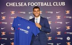 Bán Morata cho Chelsea, Real Madrid 'chơi khăm' MU