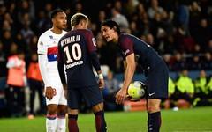 Neymar lên tiếng xin lỗi sau sự cố với Cavani
