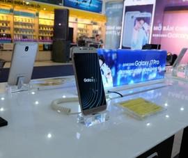 Galaxy J7 Pro gây choáng với lượng đặt hàng khủng