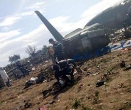 Rơi máy bay quân sự, gần 200 người thiệt mạng