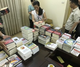 Xử phạt 2 nhà sách phát hành sách lậu số lượng lớn