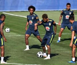 HLV Tite tức giận vì đội hình của Brazil bị rò rỉ
