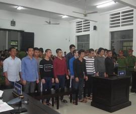 Nhóm thanh niên quyết chiến, 1 người chết 19 người hầu tòa