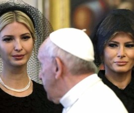 Tại sao bà Trump mặc đồ đen gặp Giáo hoàng Francis?