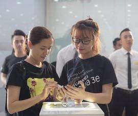 Nova 3e hút khách trong ngày đầu mở bán