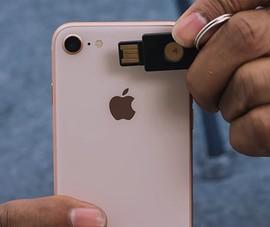 Dùng iPhone để mở cửa nhà và xe hơi