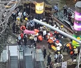 Thang máy dừng đột ngột, 17 người bị thương