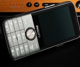 """2 mẫu điện thoại pin """"khủng"""" cho thời gian chờ 4 tháng"""