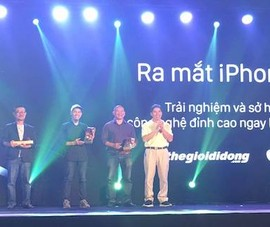 iPhone 7 và 7 Plus hút khách ngày mở bán