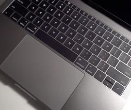 Apple đau đầu vì bị kiện tập thể