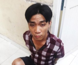 Trộm 2 iPhone ở tiệm sửa xe bán để mua ma túy