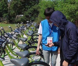 Xe đạp thông minh miễn phí thu hút hàng ngàn sinh viên