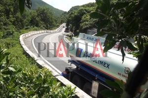Điều tra: Rút ruột xăng dầu xuyên đèo Hải Vân