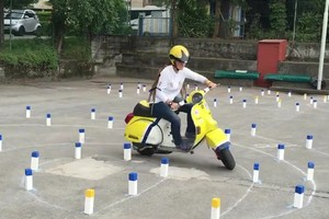 Màn trình diễn vespa điệu nghệ tại Coppa Piemonte