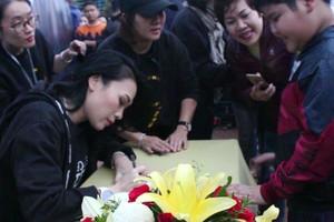 Mỹ Tâm 'quẩy' cùng khán giả Đà Nẵng với 'Tâm 9'