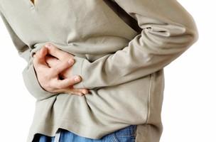 10 cô giáo mầm non vào bệnh viện vì đau bụng và nôn