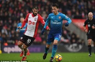 Arsenal nỗ lực vượt MU, Barca bằng bản hợp đồng khủng