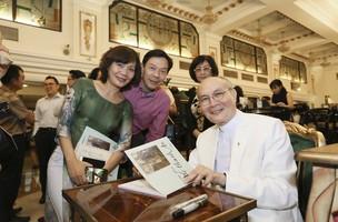 Nhạc sĩ Vũ Thành An kể bệnh tình của vợ trên sân khấu