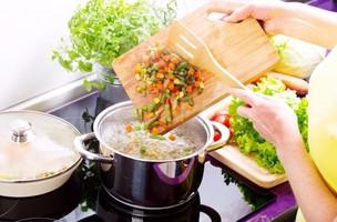 Những thực phẩm dễ gây bệnh vì chế biến sai cách