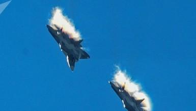 F-35 Mỹ tàng hình tới đâu cũng không qua mặt được Su-35 Nga?