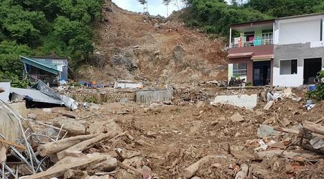 Tang thương: Hồ nước san bằng khu dân cư ở Nha Trang