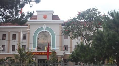 Nhiều cán bộ Gia Lai nộp đủ tiền chi tiếp khách sai