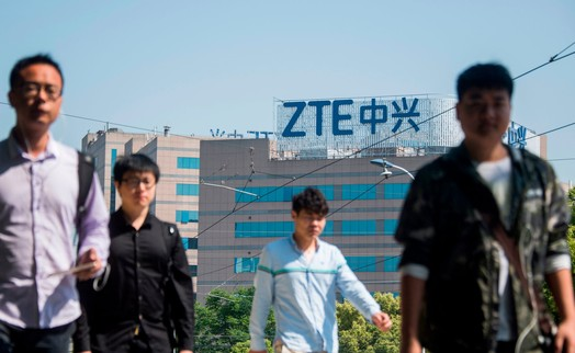 Gã khổng lồ công nghệ Trung Quốc ZTE trên bờ vực sụp đổ