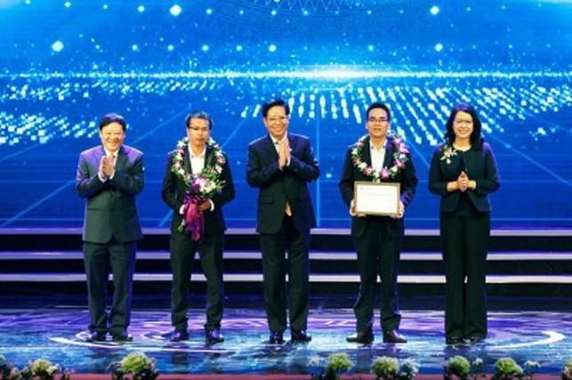 Agribank: Đồng hành trao giải Nhân tài Đất Việt lần 13