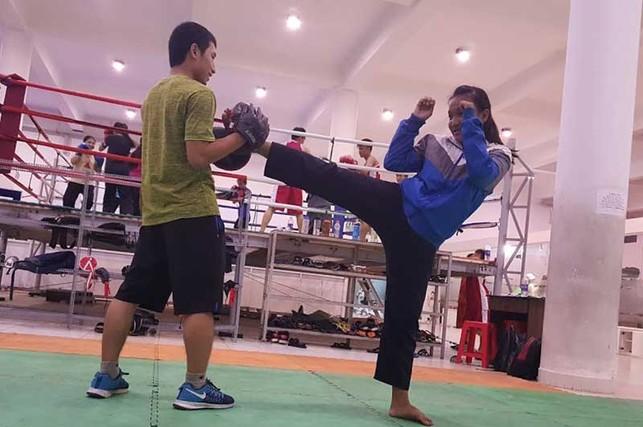 Lớp dạy võ miễn phí của thầy Định