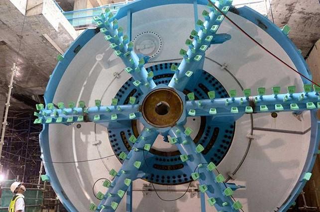 Dùng robot 'khủng' đào hầm tuyến metro số 1