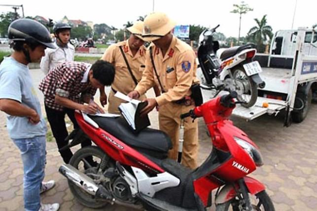 Các mức phạt khi không mang giấy phép lái xe (P.2)