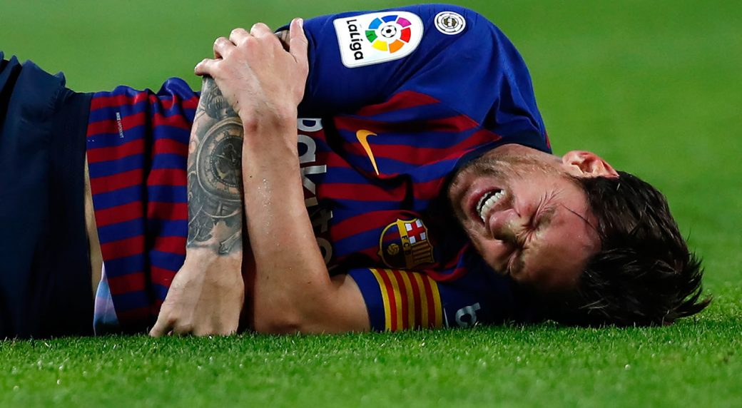 Ngày vui của Ronaldo, ngày buồn của Messi