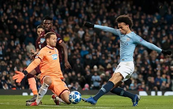 Bayern Munich hòa kịch tính, Man. City thắng nhọc trên sân nhà