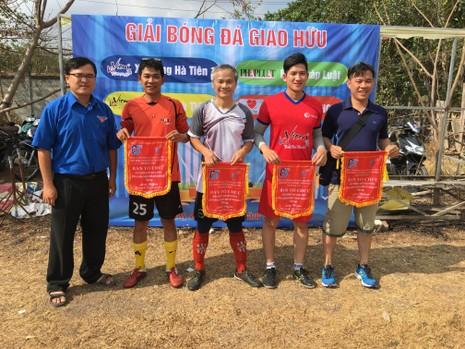 Phát động giải bóng đá giao lưu Đoàn thanh niên kết nghĩa - ảnh 1