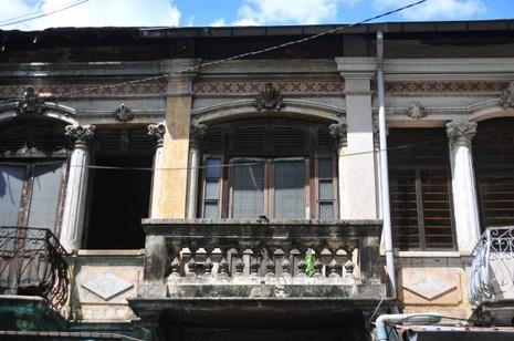 Bí ẩn biệt thự Sài Gòn: Ngôi nhà luôn khóa cổng - ảnh 1