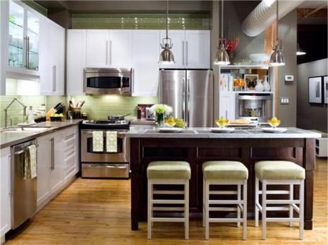 Bếp đối diện với ban công có ảnh hưởng gì đến gia vận? - ảnh 1