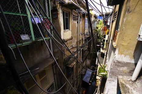 TPHCM: Cận cảnh thót tim ở chung cư Vĩnh Hội - ảnh 7