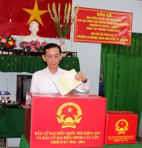 Bí thư Nguyễn Thanh Nghị cùng hơn 1 triệu cử tri Kiên Giang đi bầu cử - ảnh 3