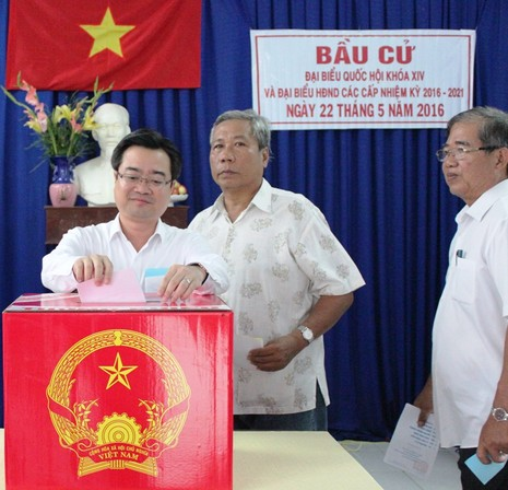 Bí thư Nguyễn Thanh Nghị cùng hơn 1 triệu cử tri Kiên Giang đi bầu cử - ảnh 2