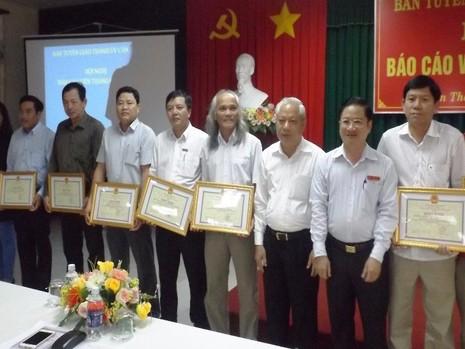 Các cơ quan báo chí nhận bằng khen của Chủ tịch UBND TP Cần Thơ