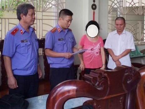 Chi cục trưởng Thi hành án huyện Phong Điền bị bắt - ảnh 1