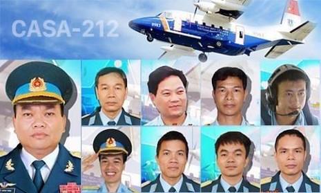 9 chiến sĩ, thành viên phi hành đoàn máy bay CASA-212