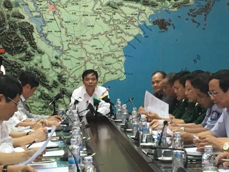Bão Thần sét đổ bộ vào Việt Nam gây mưa diện rộng, giật cấp 14 - ảnh 1